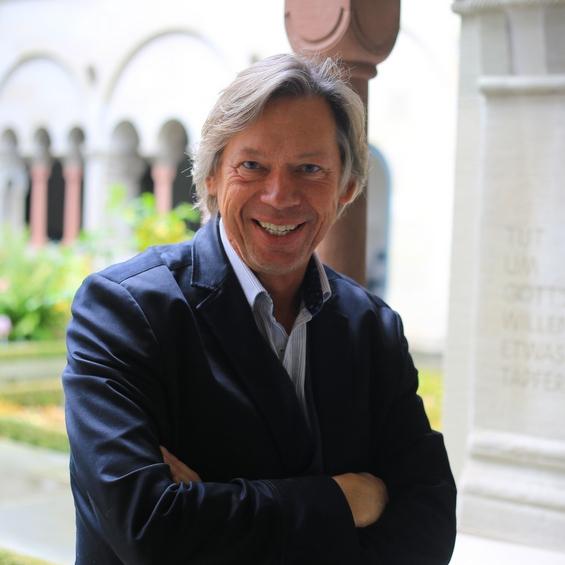 Prof. Dr. Thomas Schlag